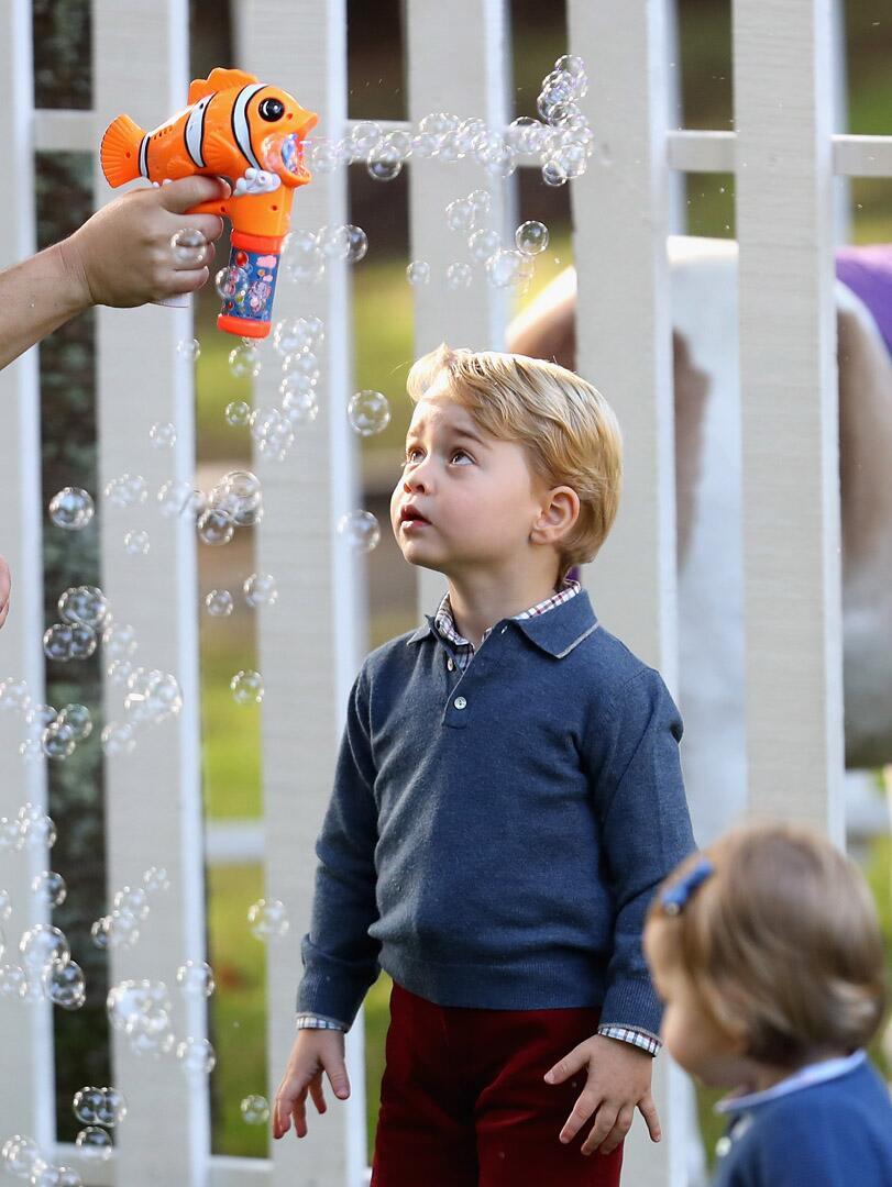 Bild zu Royals, Prinz George, Kinderparty
