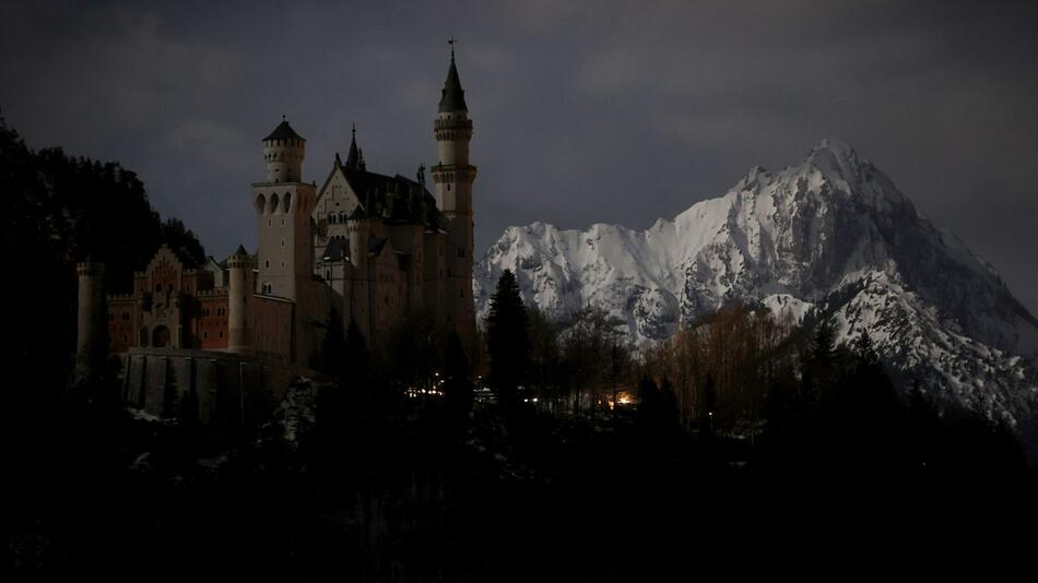 Earth Hour - Neuschwanstein