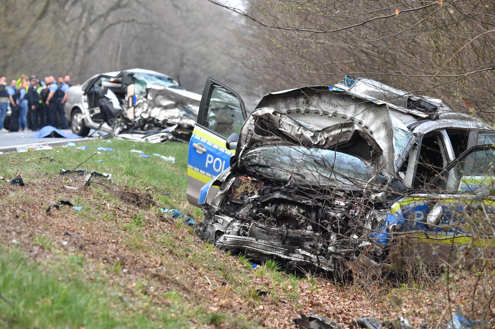 Bild zu Tödlicher Unfall mit Streifenwagen der Polizei