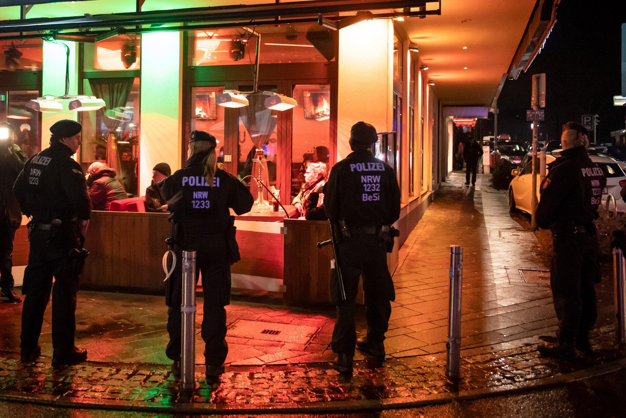 Bild zu Razzien in mehreren Shisha-Bars in NRW