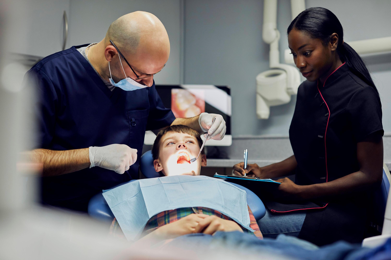 Bild zu Zahnarzt