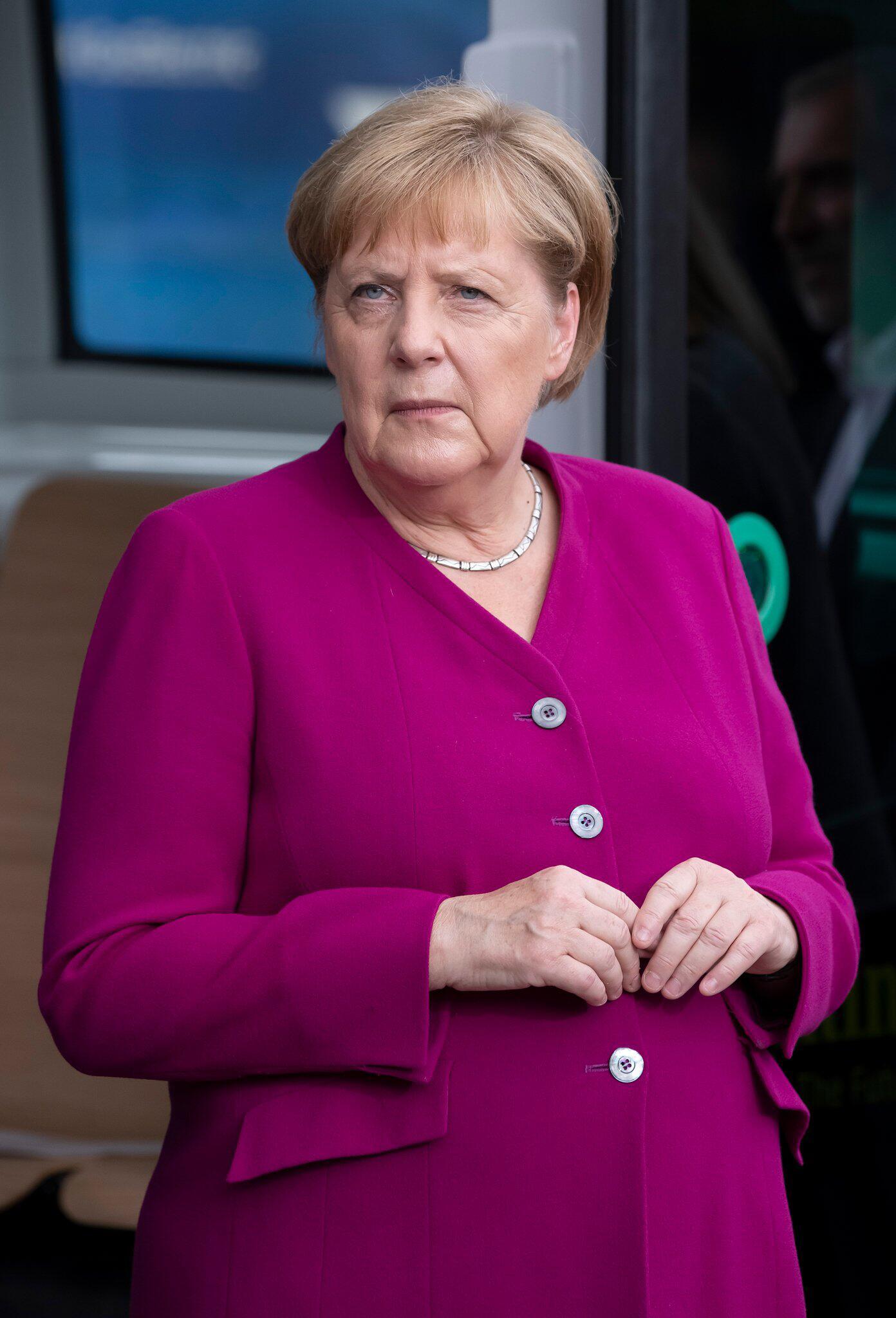 Bild zu Kanzlerin Merkel
