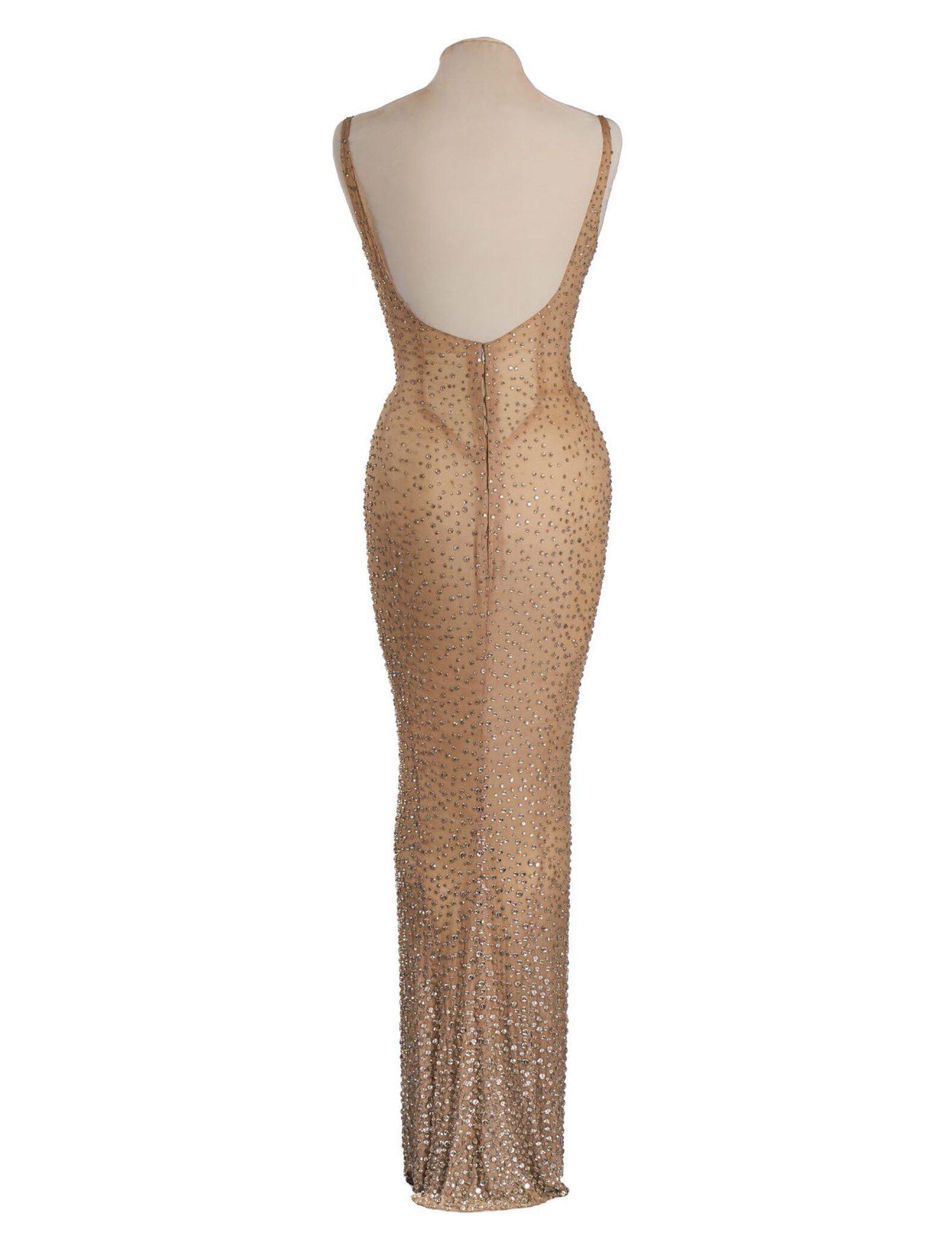 Bild zu Historic dress worn by Marylin Monroe in auction
