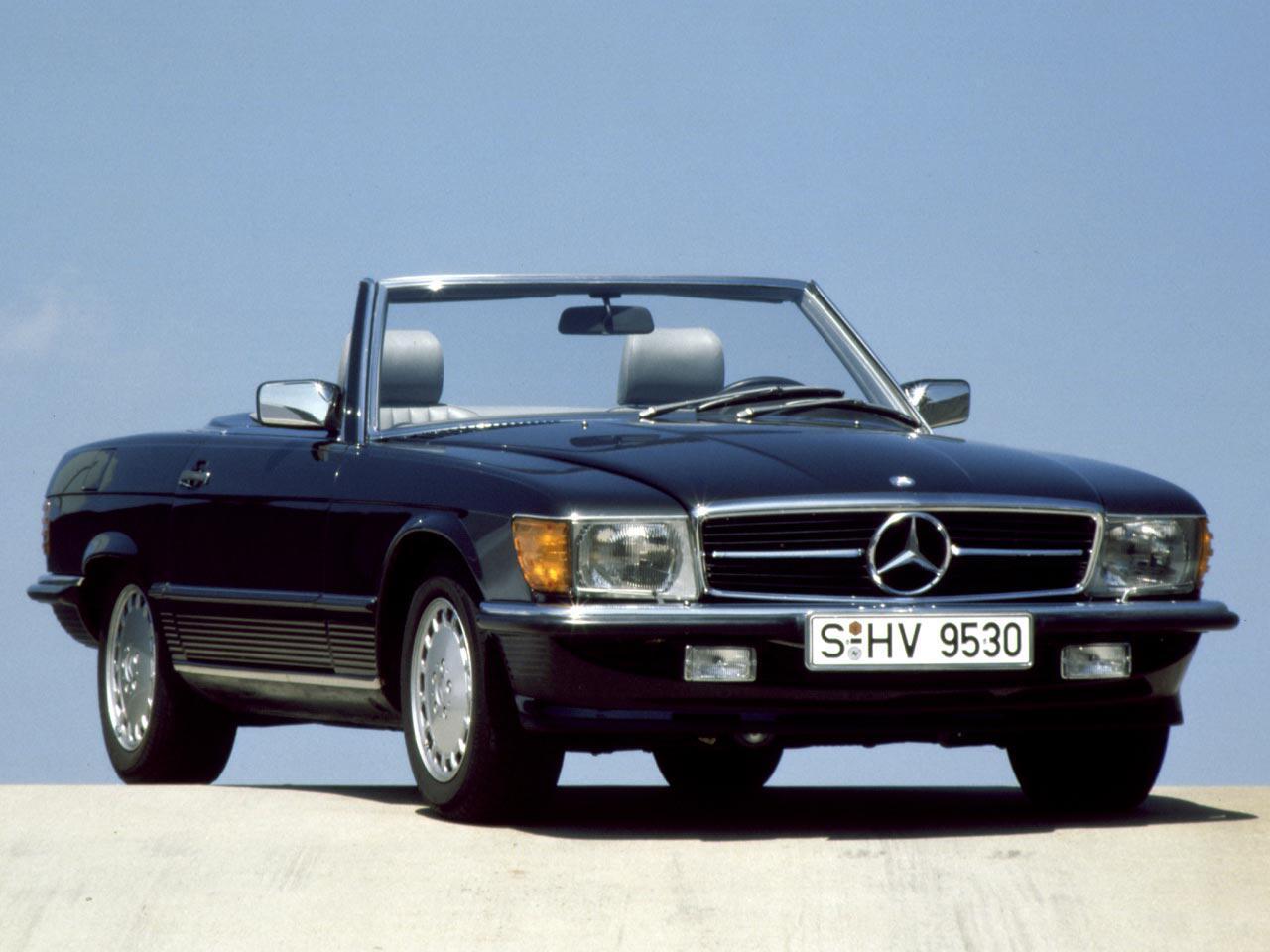 Bild zu Mercedes-Benz 230 SL (R 107)