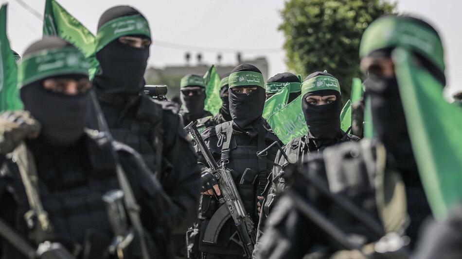 Kassam-Brigaden halten anti-israelische Militärparade ab