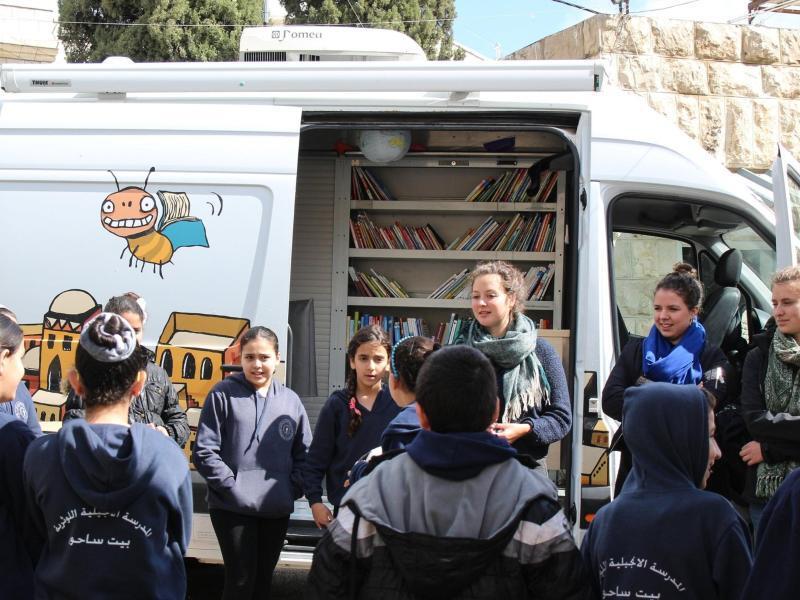 Bild zu Bibliobus - Bücherei auf Rädern