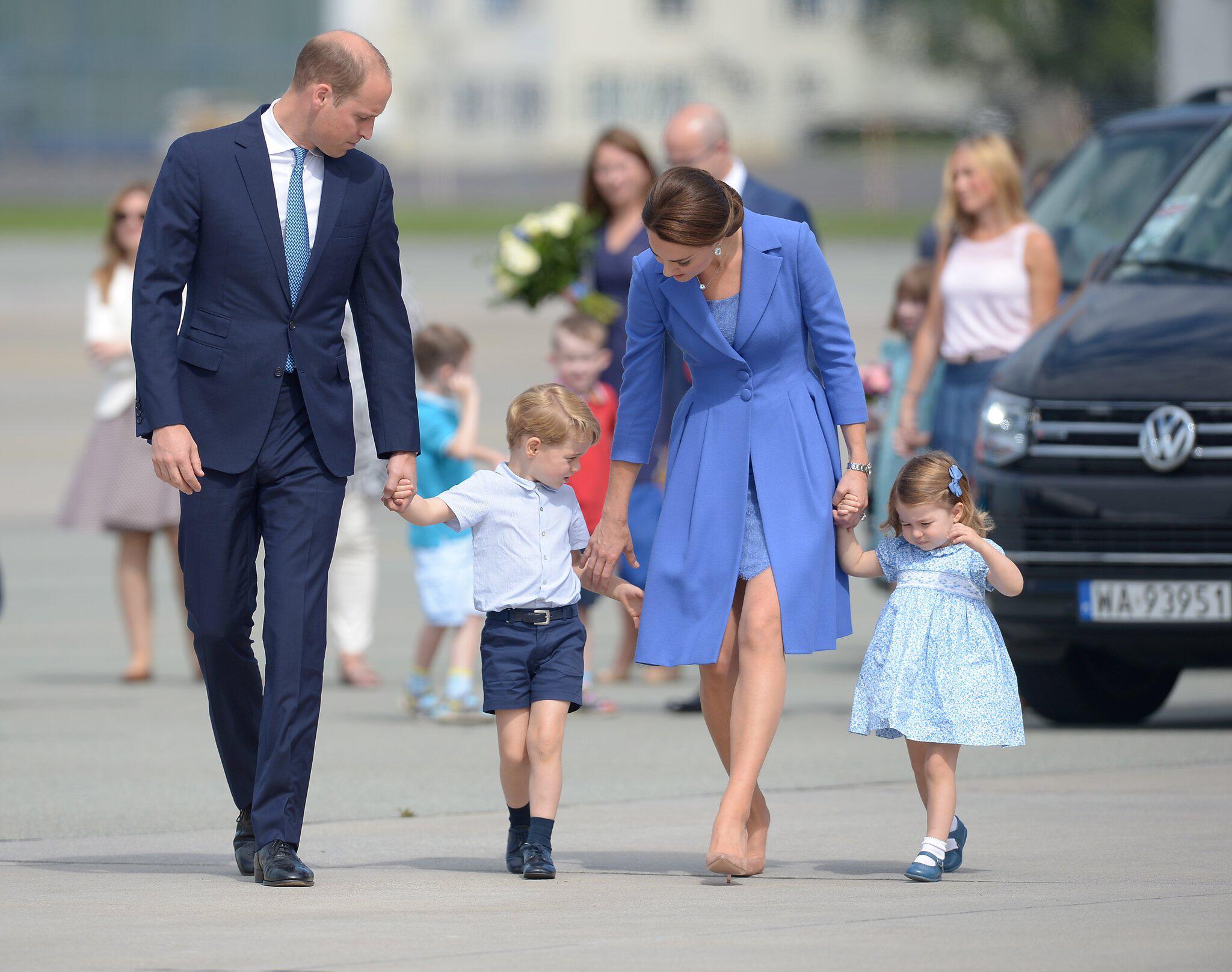 Bild zu Prinz William, Herzogin Kate, Prinz George, Prinzessin Charlotte