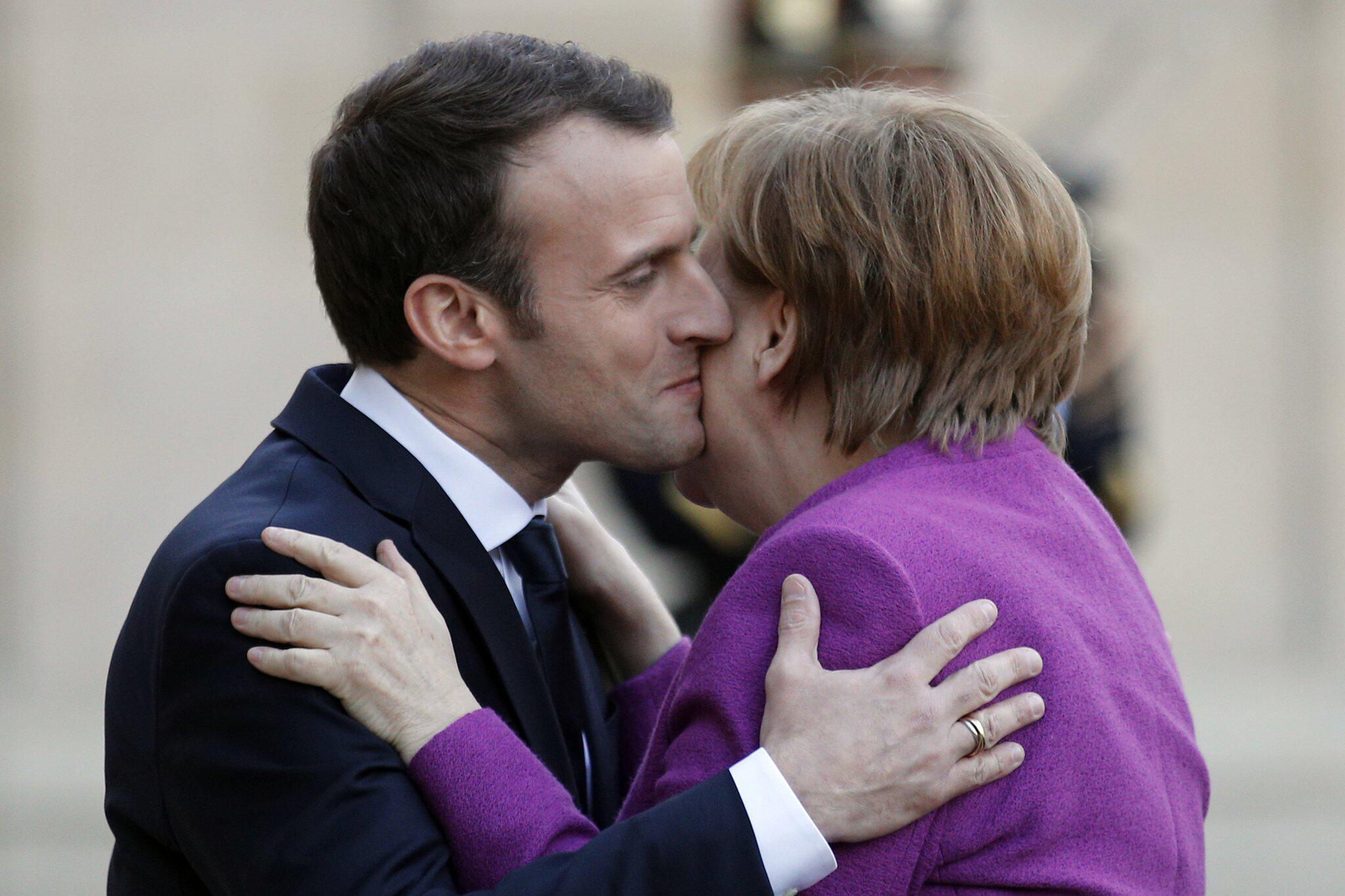 Bild zu Bundeskanzlerin, Angela Merkel, Paris, Emmanuel Macron,