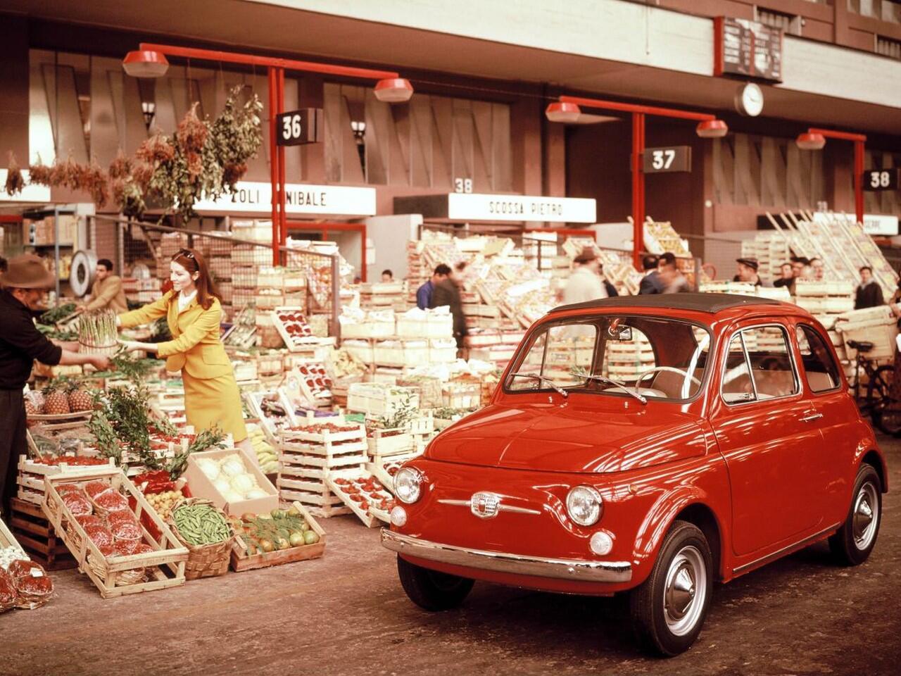 Bild zu Klein, knuffig, kultig: Der Fiat 500 wurde in vielen Auflagen seit 1936 gebaut