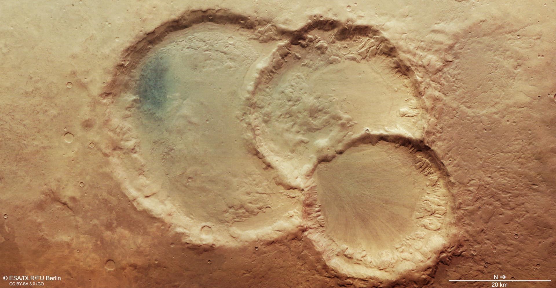 Bild zu Drillingskrater Mars