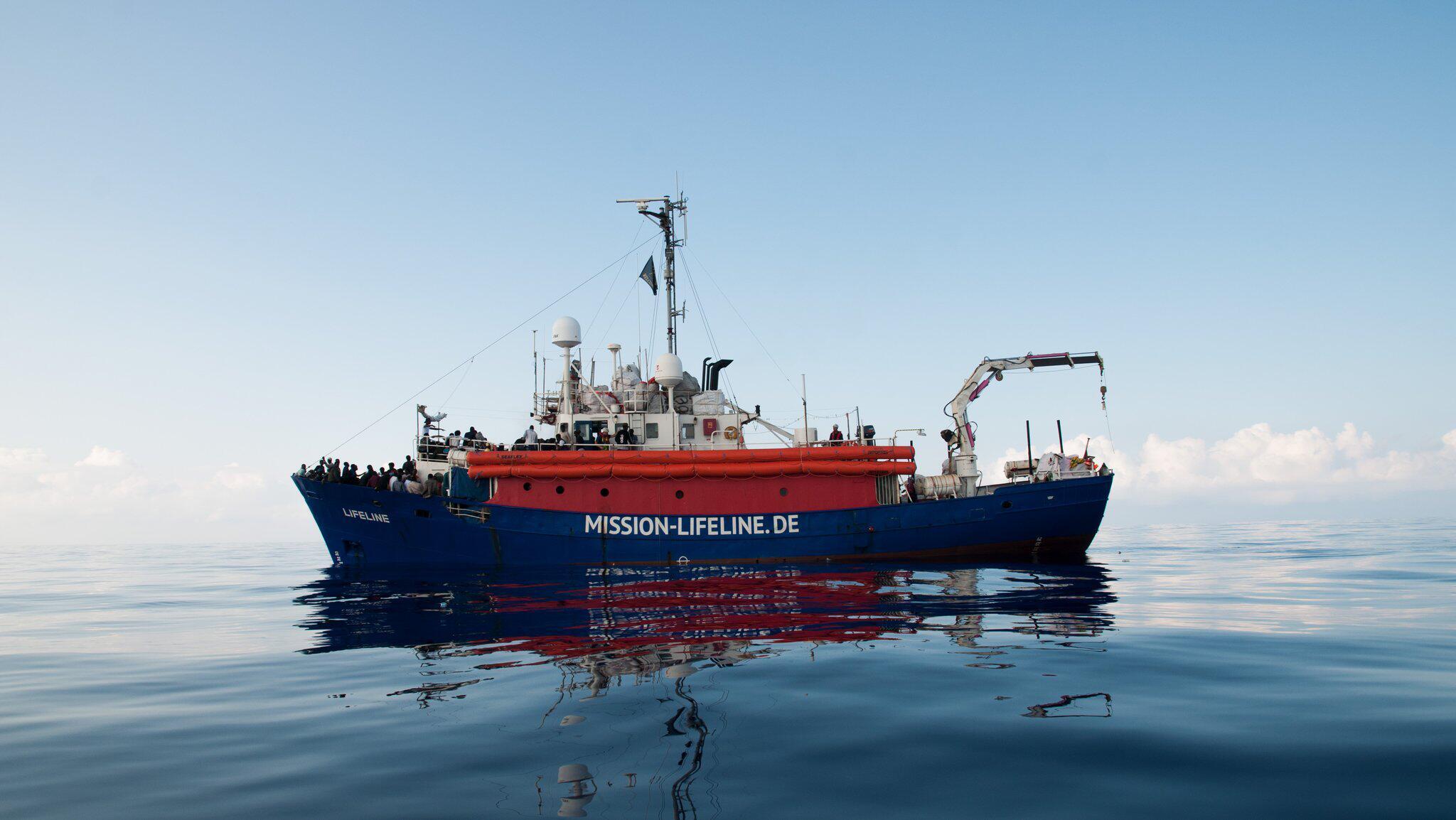 Bild zu Flüchtlinge auf Rettungsschiff, Lifeline