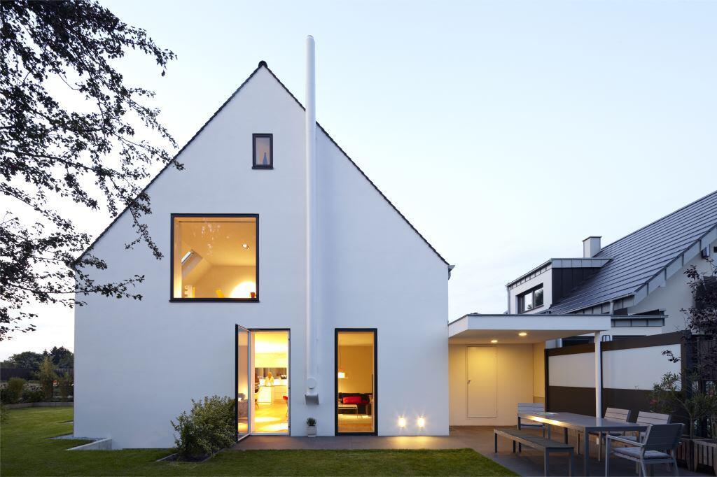 Bild zu Einfamilienhaus mit luftigem Grundriss