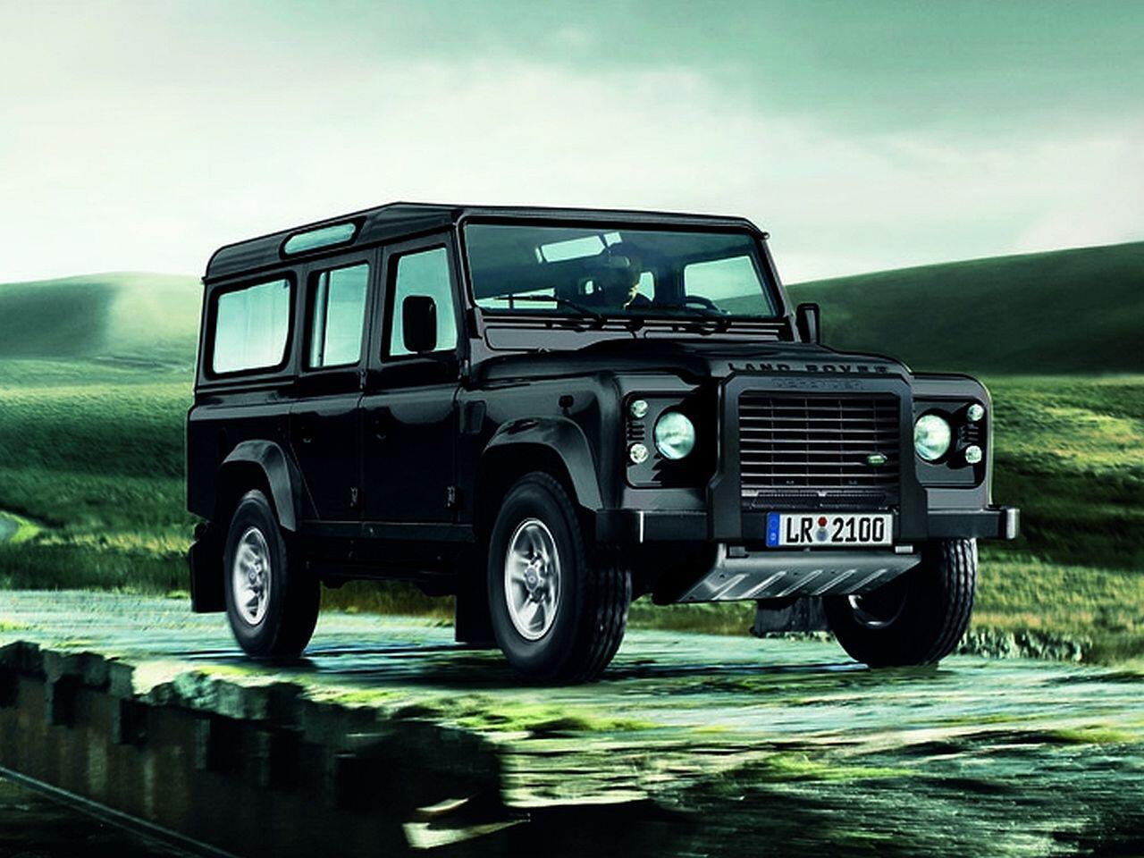 Bild zu Der Land Rover Defender Station Wagon 110 Td4 SE ist das höchste Serienauto