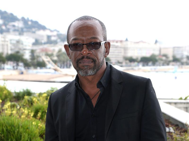 Bild zu Lennie James