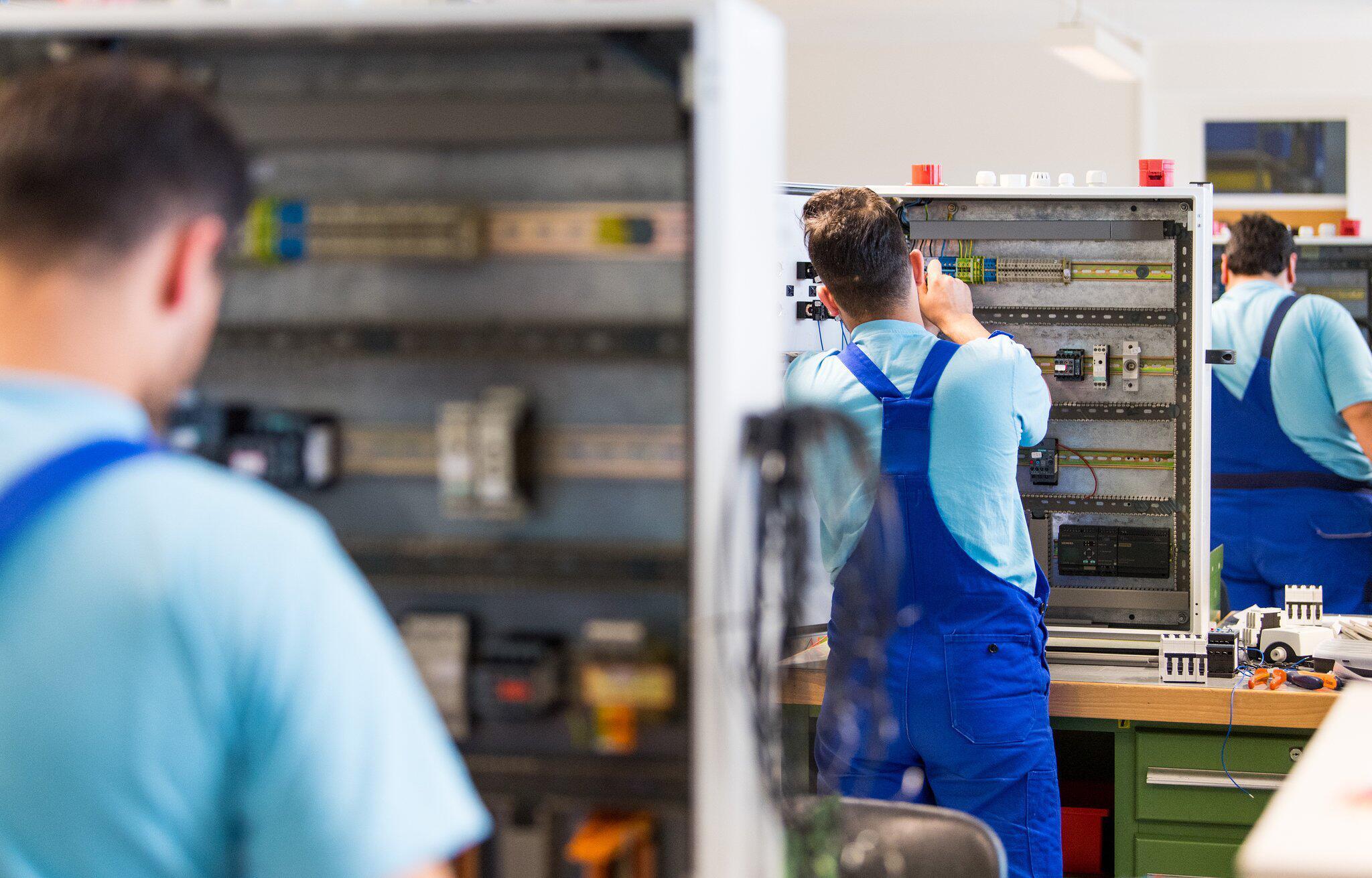 Bild zu Siemens-Förderklasse für Geflüchtete