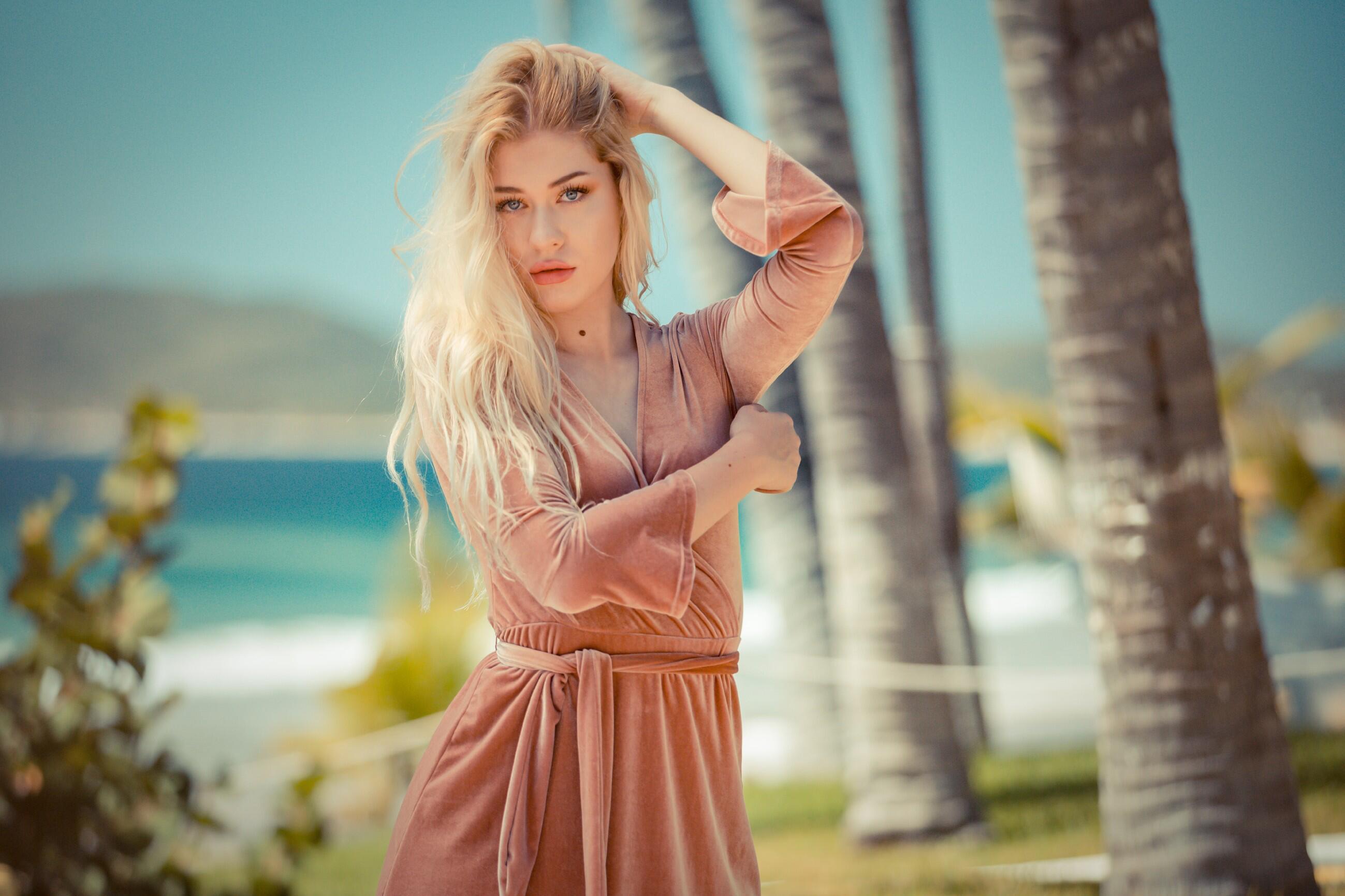 Bild zu Paradise Hotel, Show, RTL, Dating, Singles, Angela Finger-Erben,