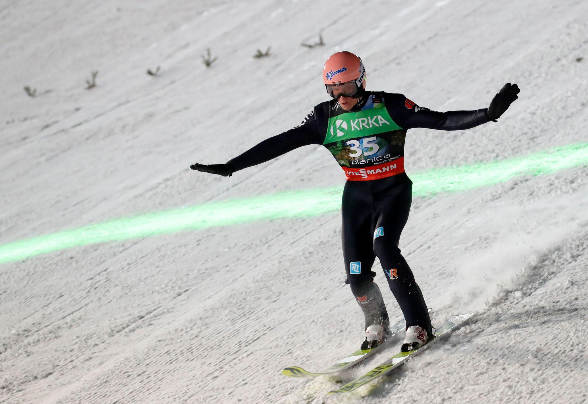 Bild zu Skispringen - Weltmeisterschaft