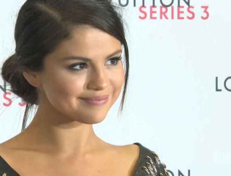 Bild zu Selena Gomez, Lupus