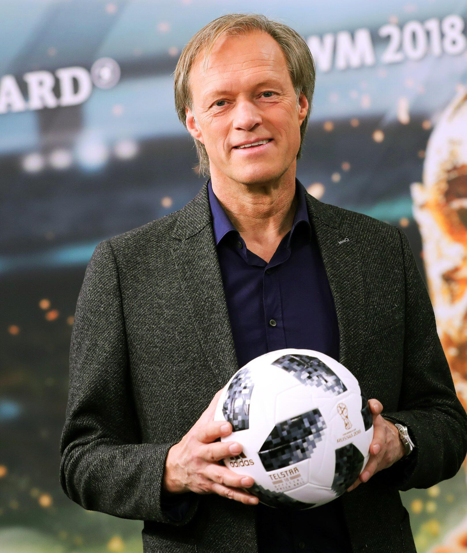 Gerhard Delling Hört Auf