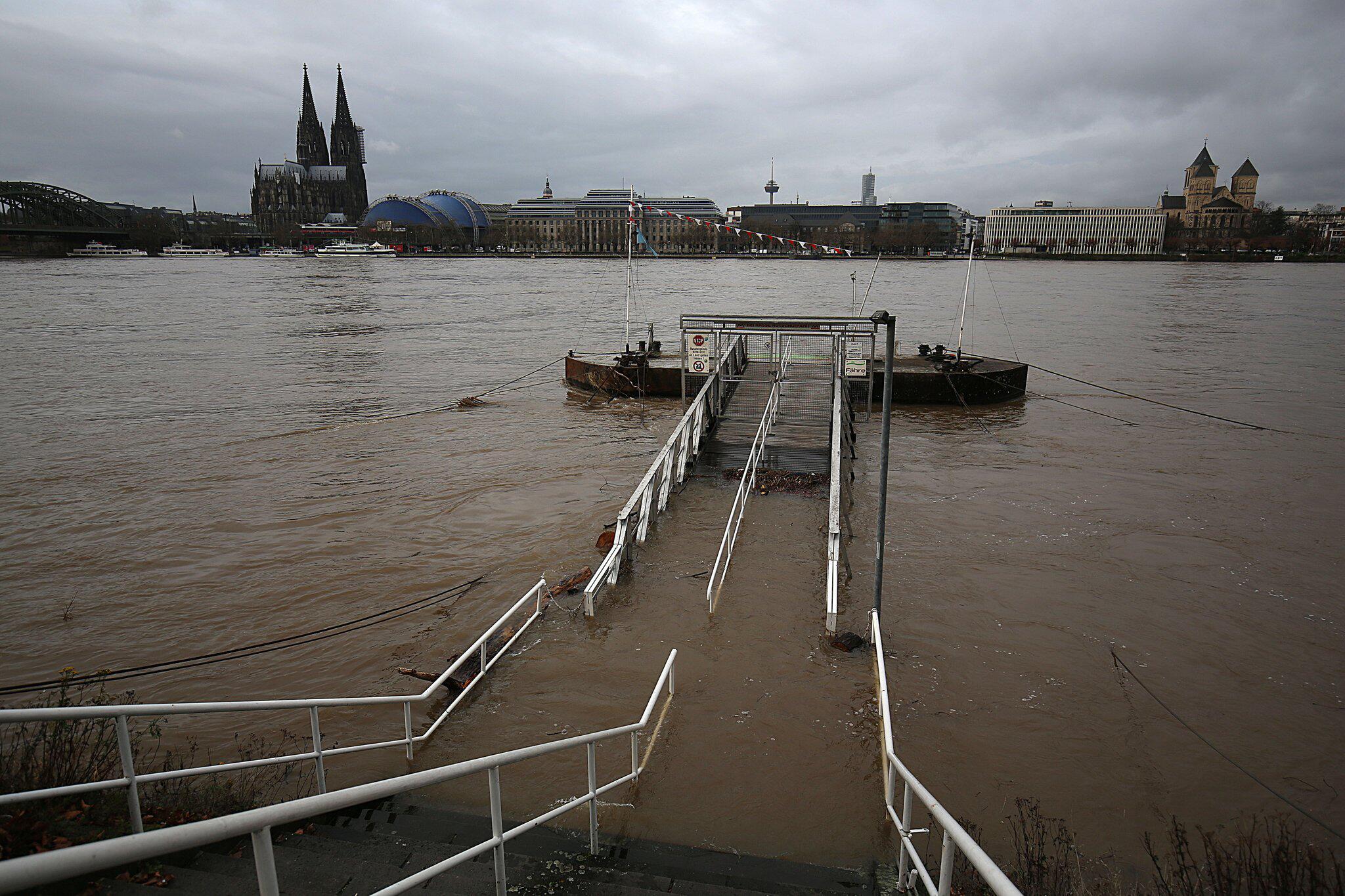 Bild zu Hochwasser in Köln