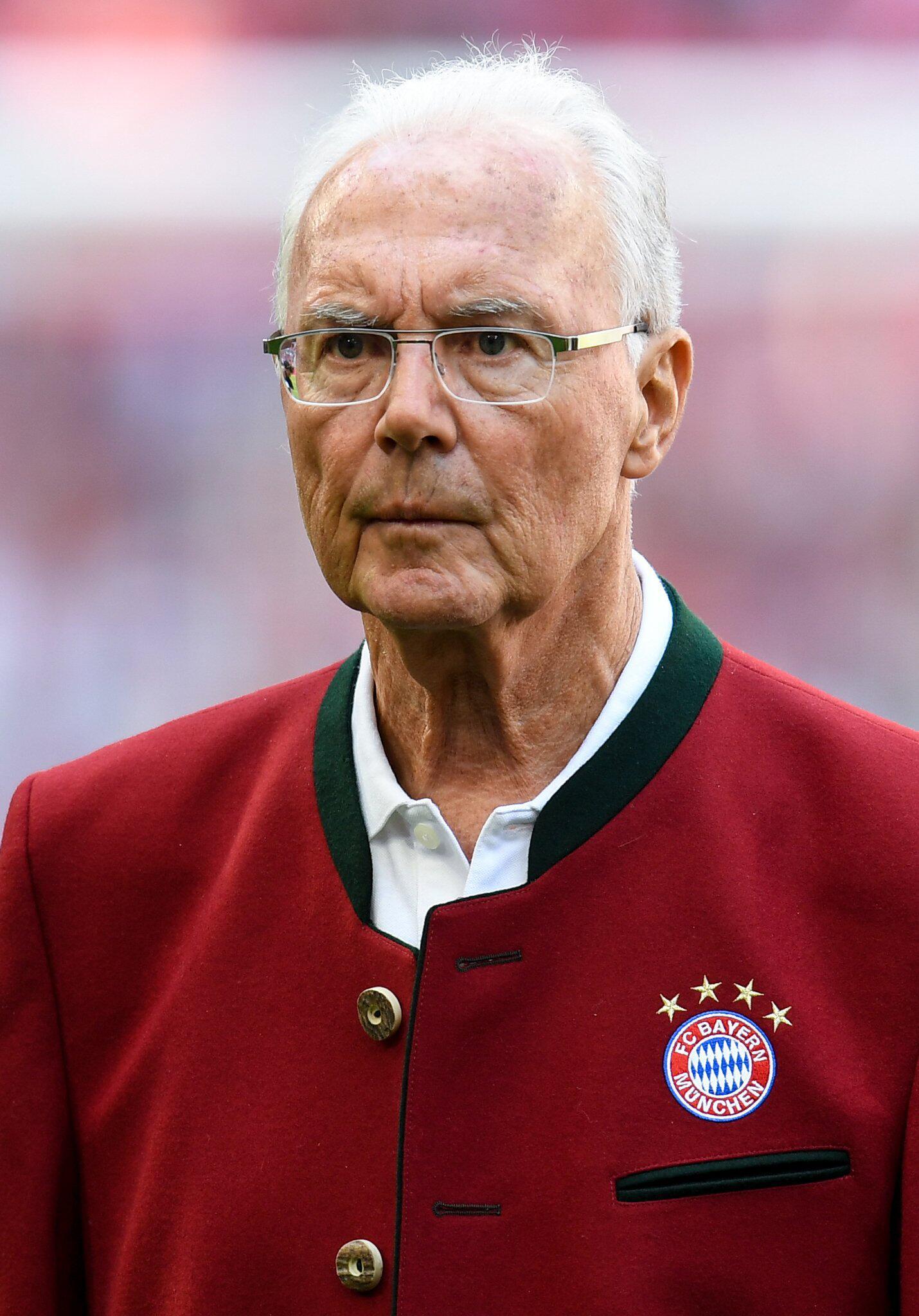 Bild zu Beckenbauer zum frühen WM-Aus