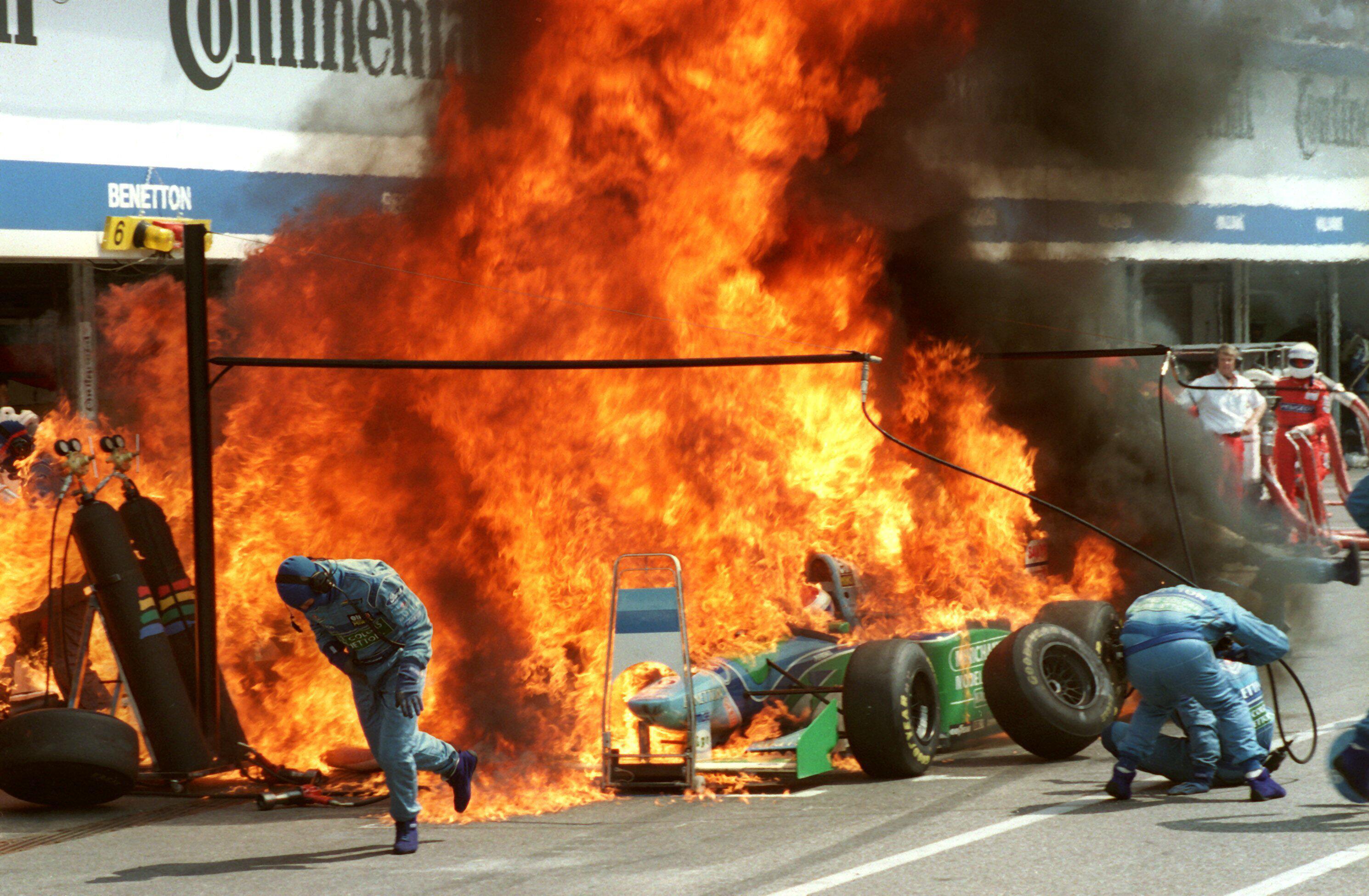 Bild zu Jos Verstappen, Benetton-Ford, Hockenheimring, 1994, Formel 1, Flammen, Großer Preis von Deutschland
