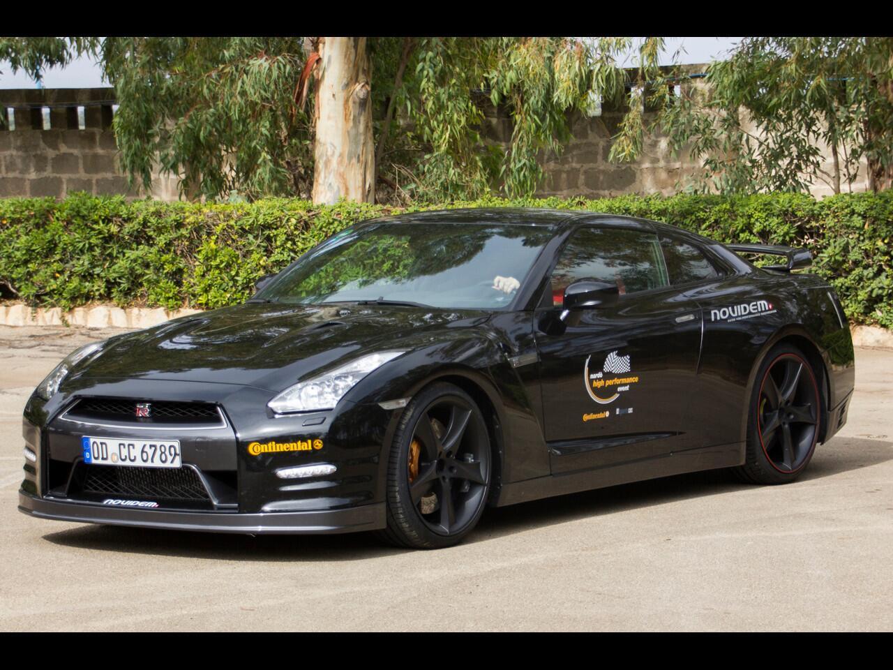 Bild zu Jenseits der 300 km/h-Marke läuft sich dieser GT-R mit 750 PS erst warm