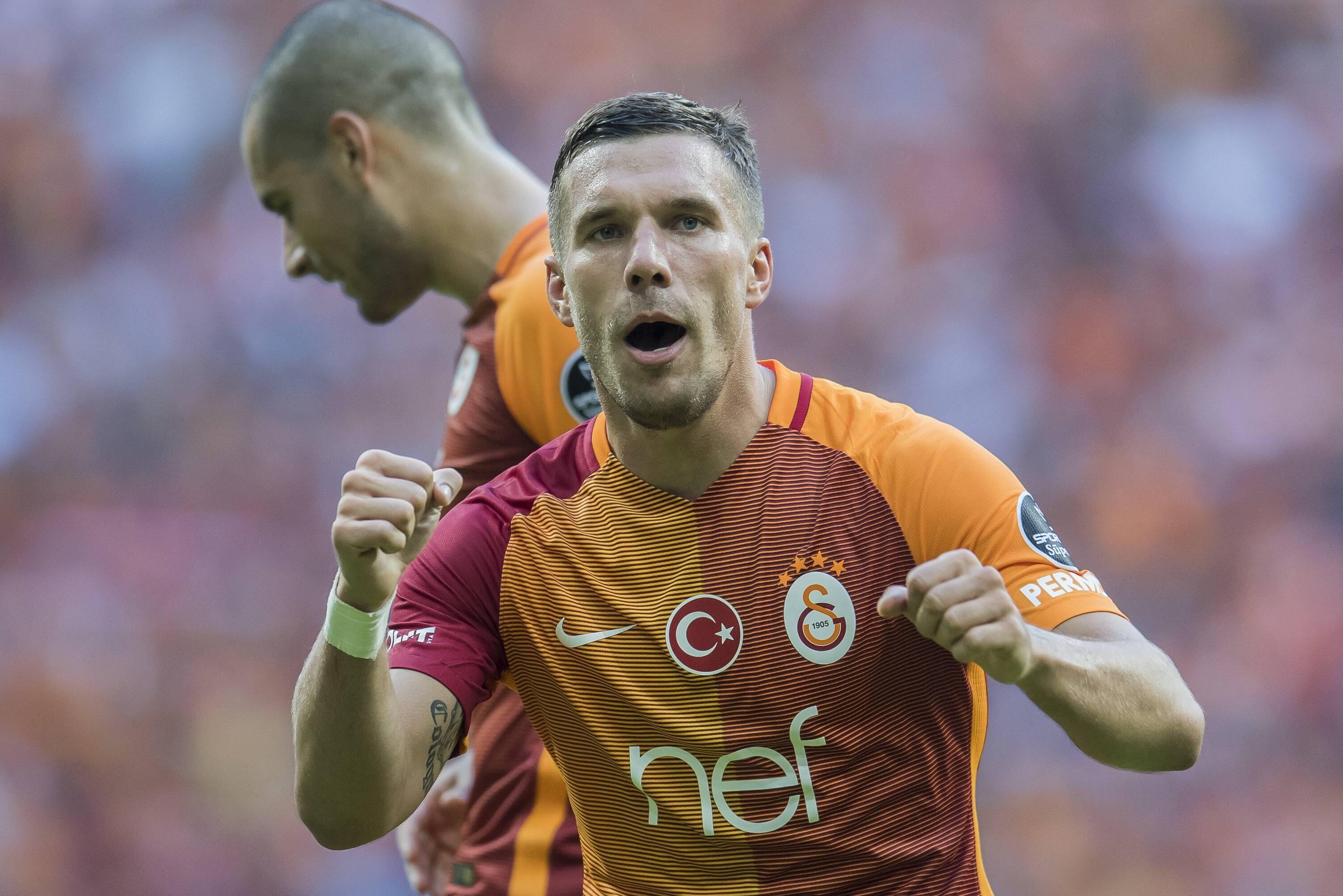 Bild zu Lukas Podolski, Transfer News, Fußball, China