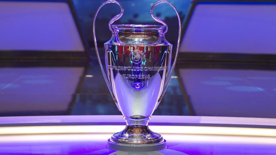 Champions League, Pokal