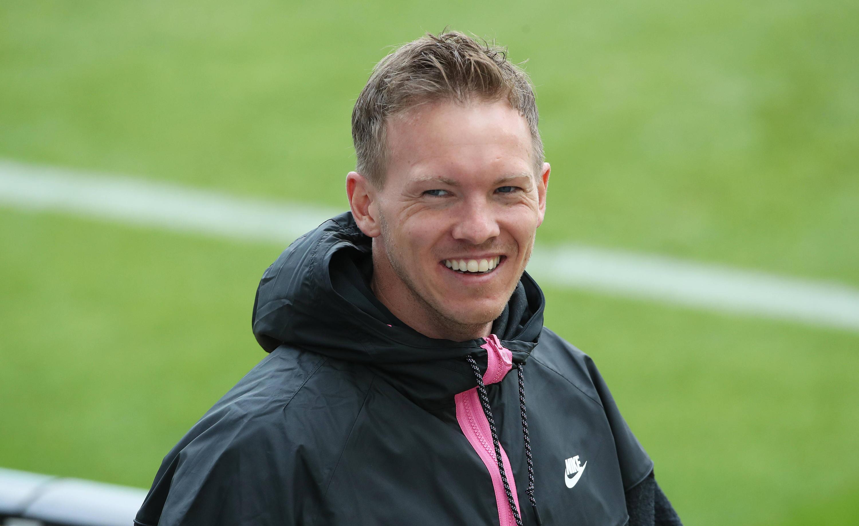 Bild zu Julian Nagelsmann trainiert ab der Saison 2021/22 den FC Bayern München.
