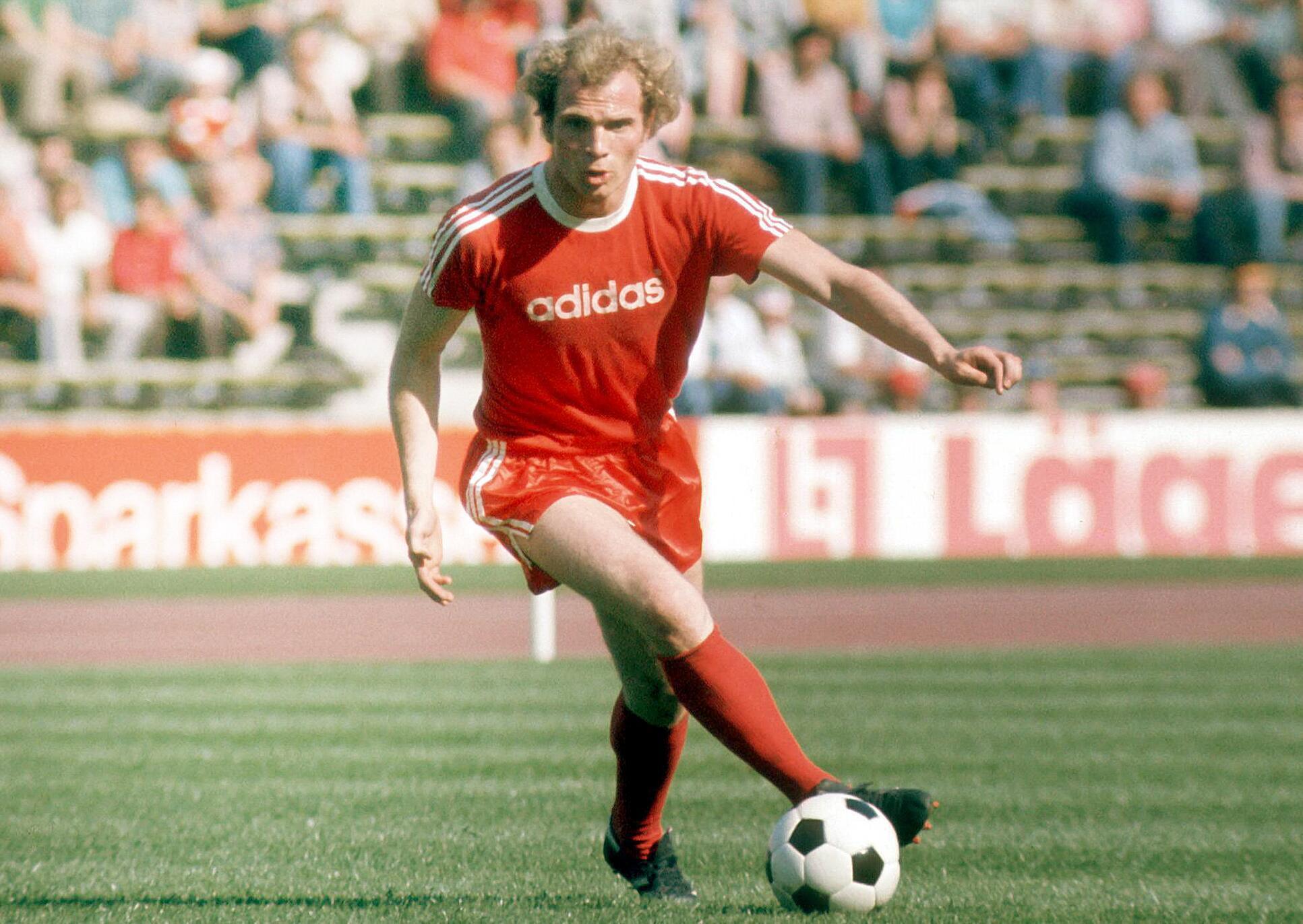 Bild zu Uli Hoeneß, FC Bayern München, Bundesliga, 1975/76