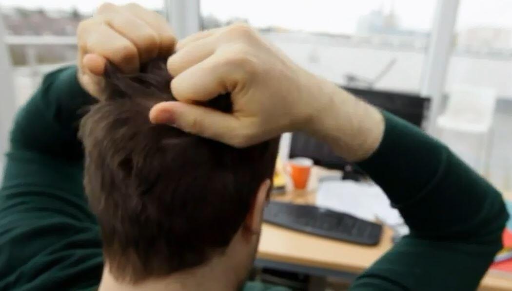 Bild zu Stress, Haarausfall
