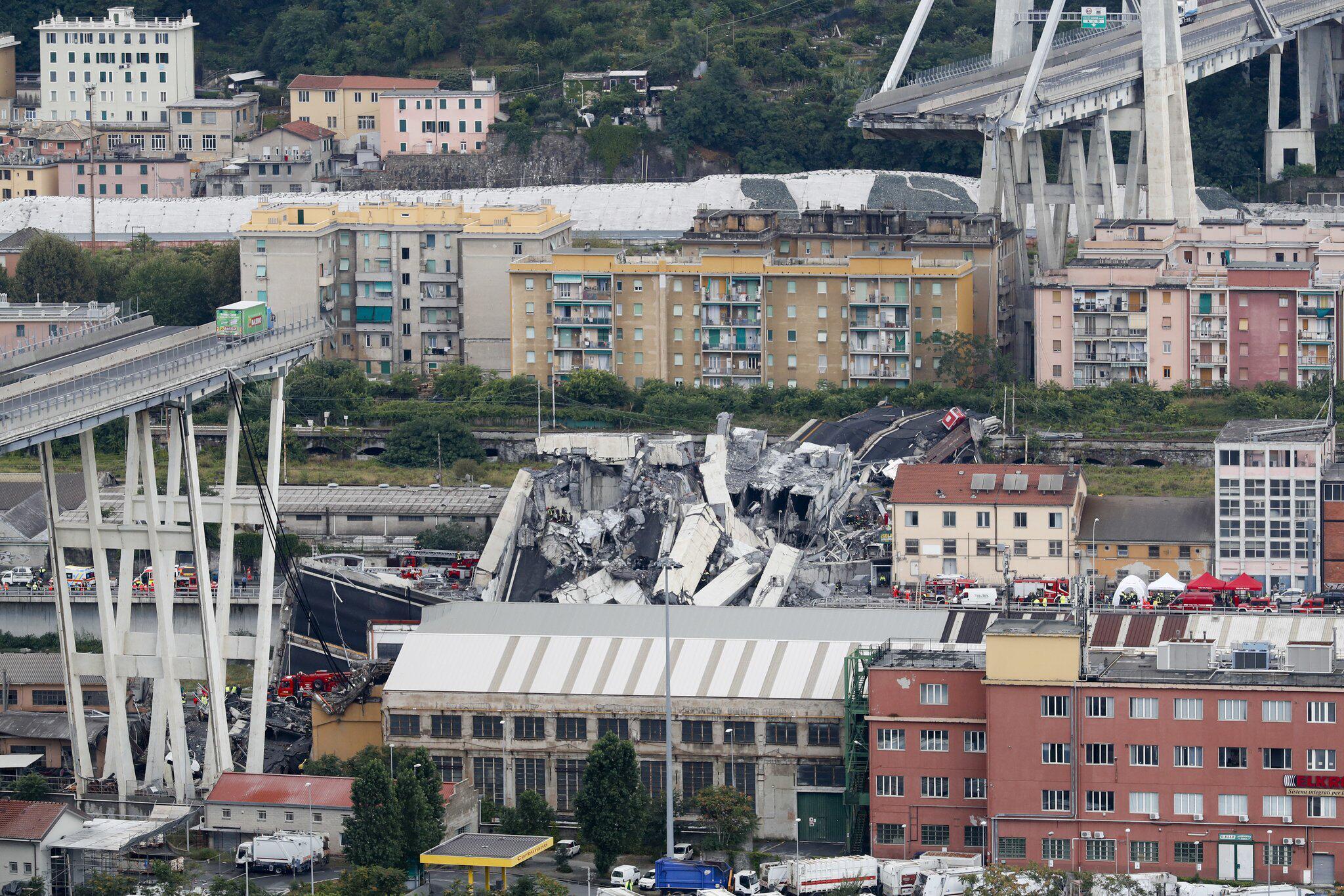 Genua Autobahnbrücke Eingestürzt