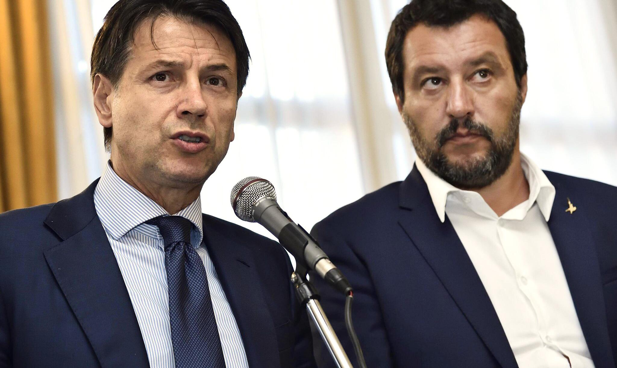 Bild zu Conte greift Salvini an