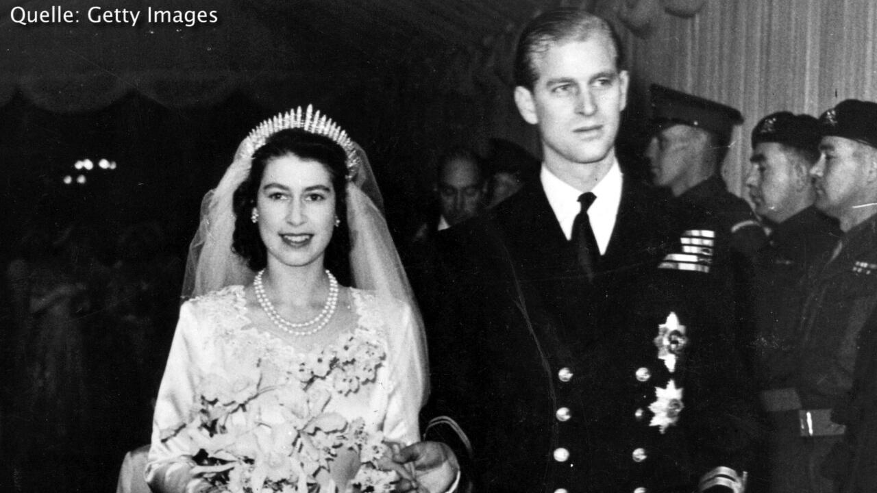 Bild zu So feiert das royale Paar ihren 70. Hochzeitstag