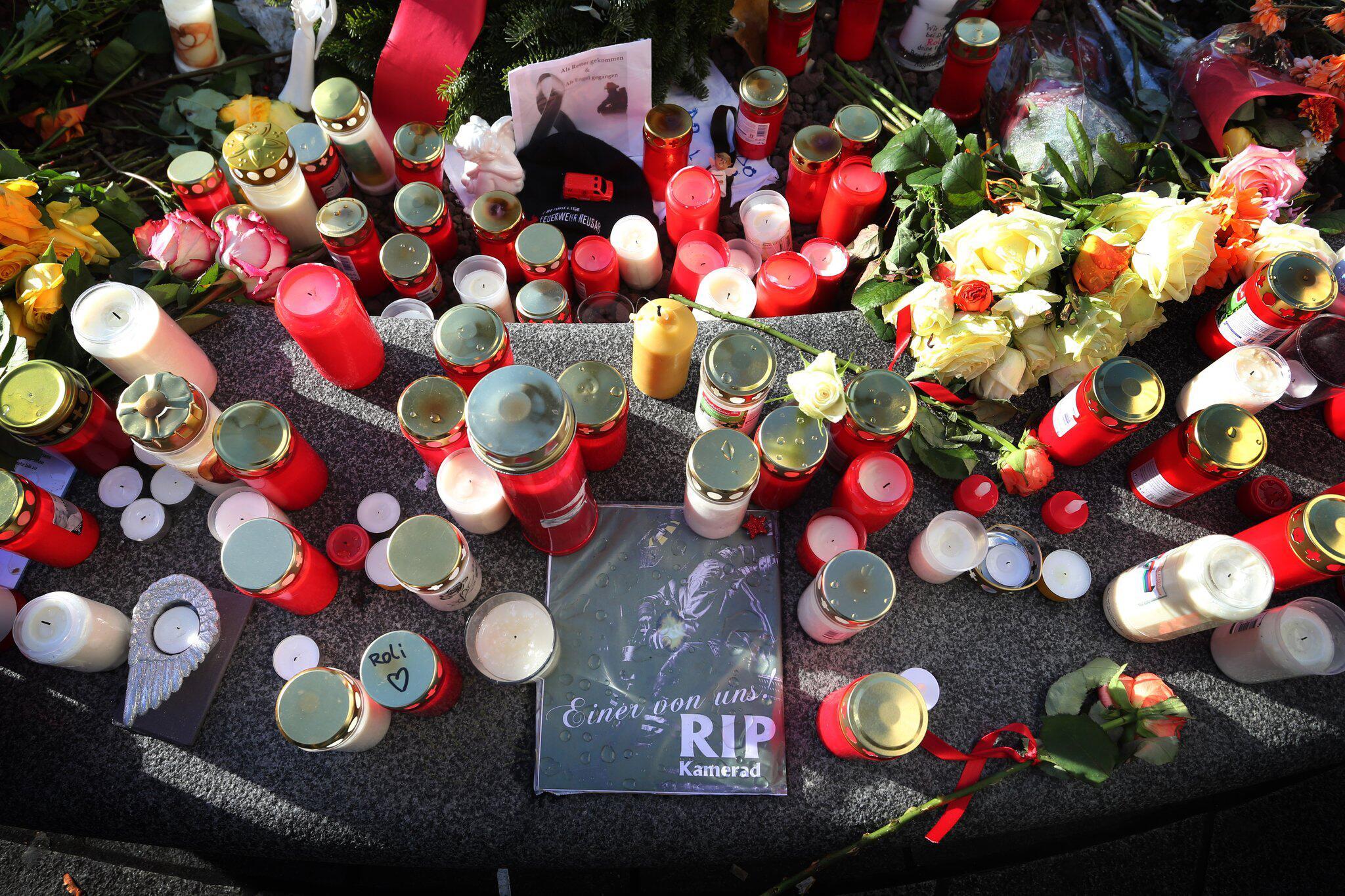Bild zu Trauerfeier für den in Augsburg getöteten Mann