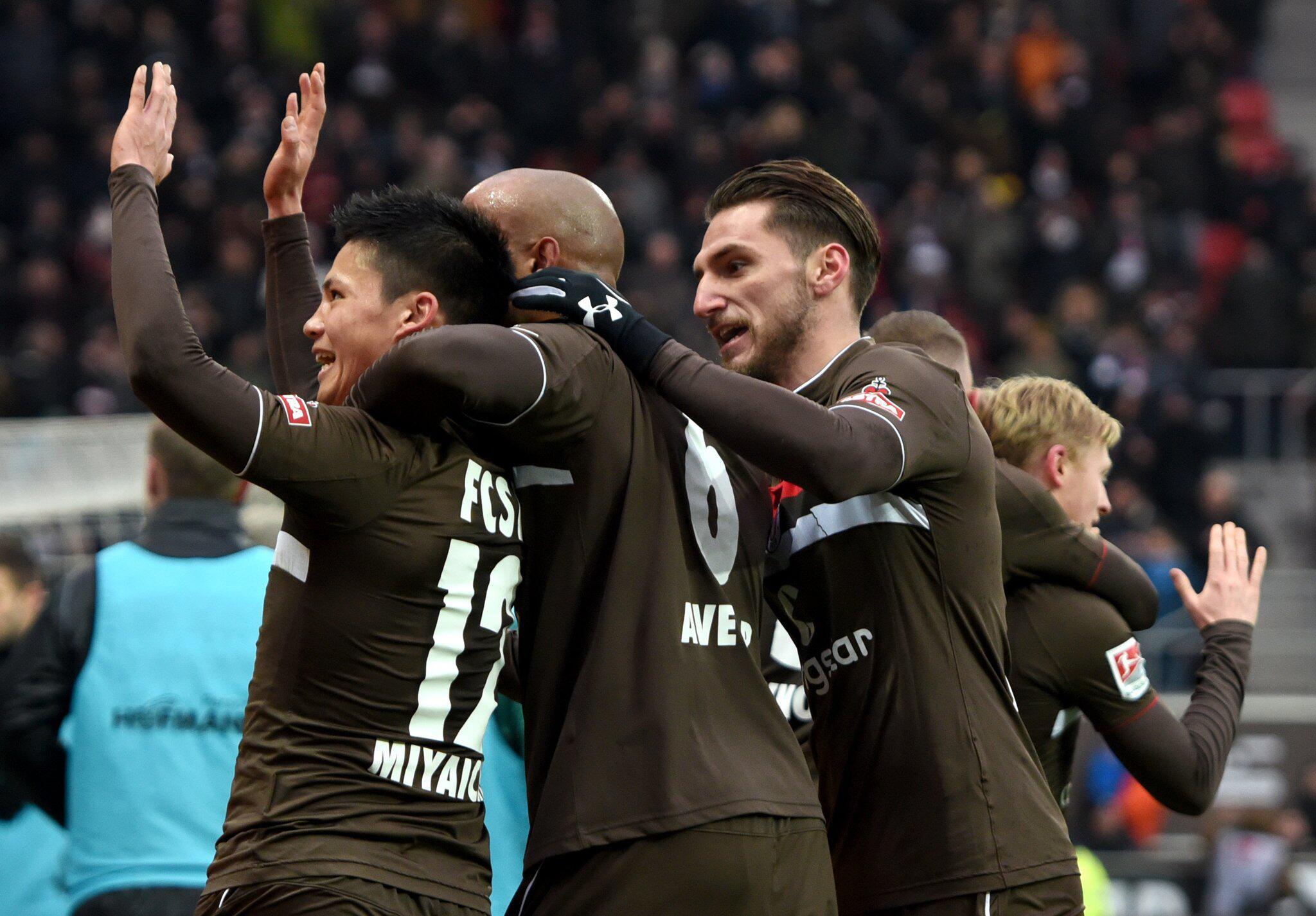 Bild zu FC St. Pauli - SpVgg Greuther Fürth