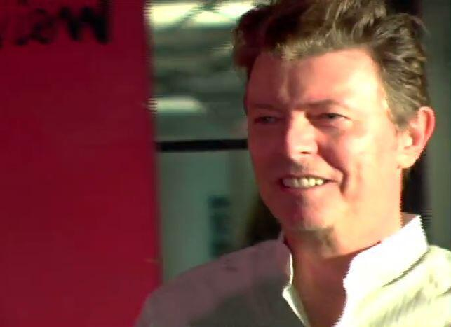 Bild zu Neuer Song zum 1. Todestag: Wir vermissen dich, David Bowie