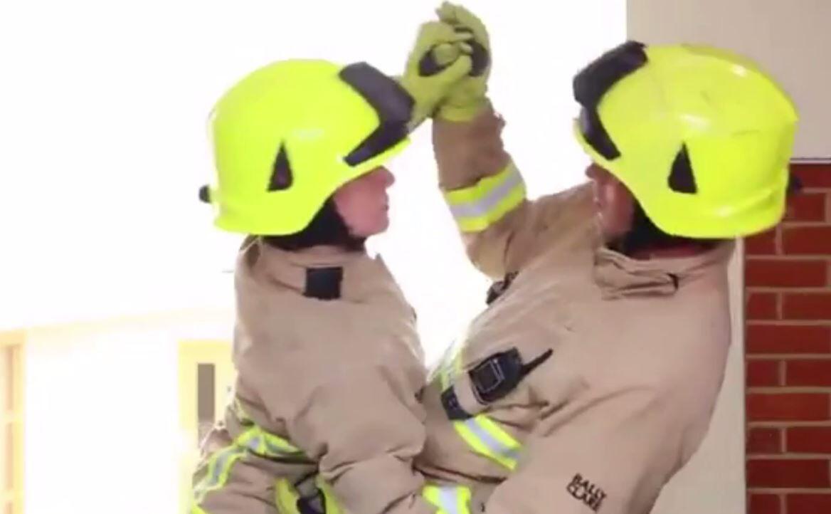 Bild zu Feuerwehr