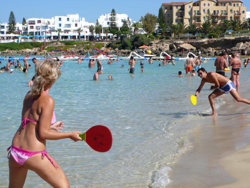 Bild zu Baden in Zypern