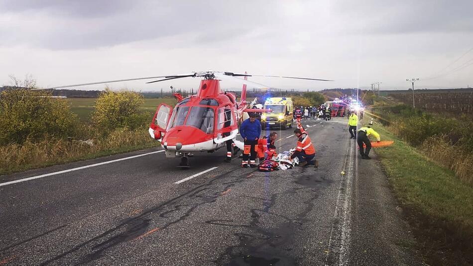 Mindestens 13 Tote bei Busunfall in der Slowakei