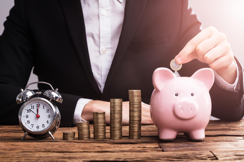 Bild zu ETF, Fond, Sparen, Geld anlegen, Bank, Finanzen, Depot, Aktien, Börse