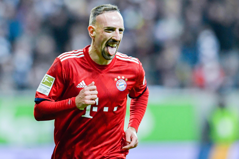 Bild zu Ribery, Bayern, Fußball, SaltBae, Bundesliga