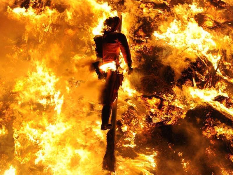 Bild zu Biike-Brennen