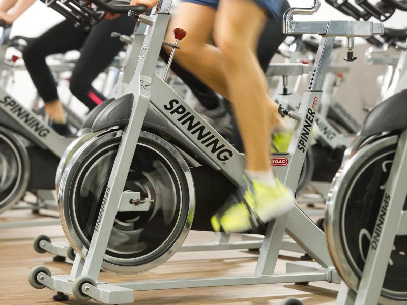 Bild zu Training auf dem Standrad