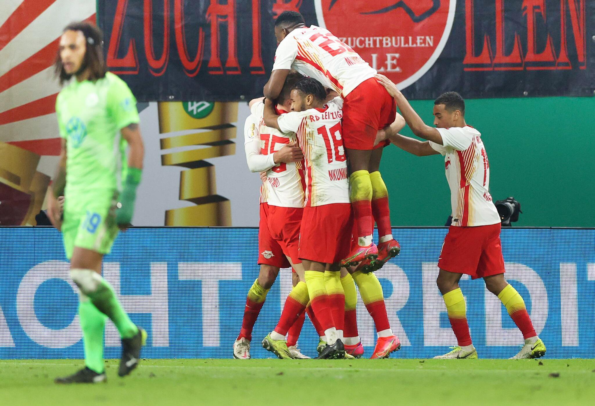 Bild zu RB Leipzig - VfL Wolfsburg