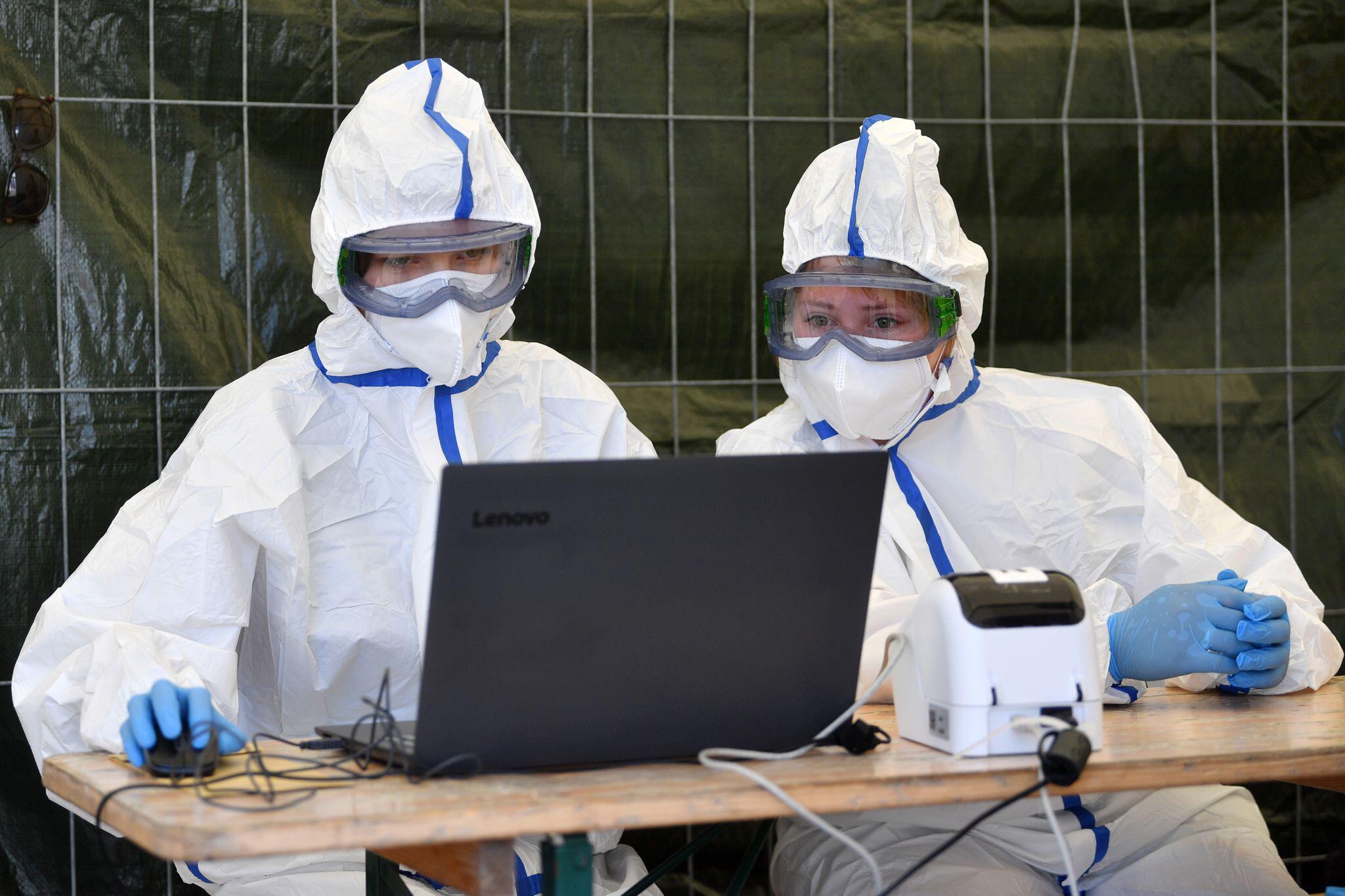 Bild zu Coronavirus - Tests bei Tönnies Weißenfels