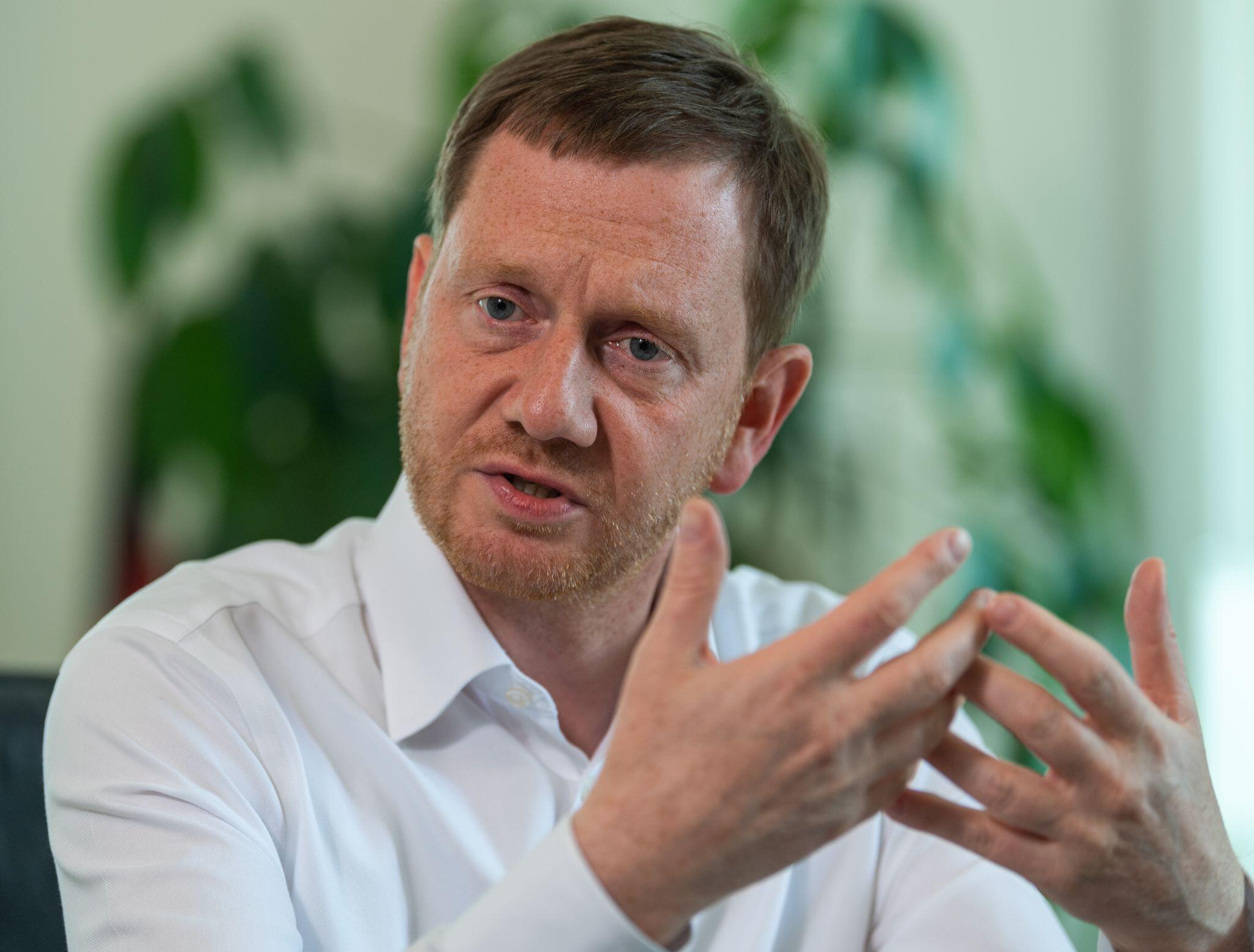 Bild zu Interview mit Sachsens Ministerpräsident Kretschmer