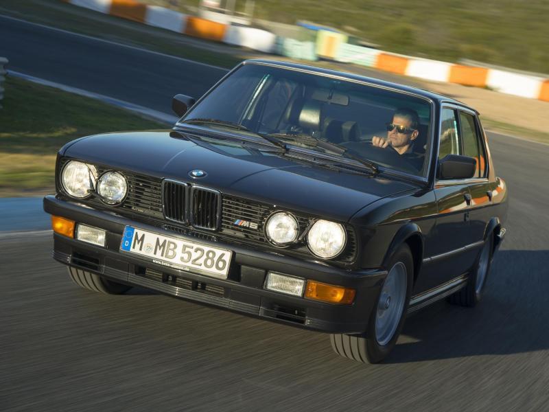 Bild zu Der erste M5 von BMW