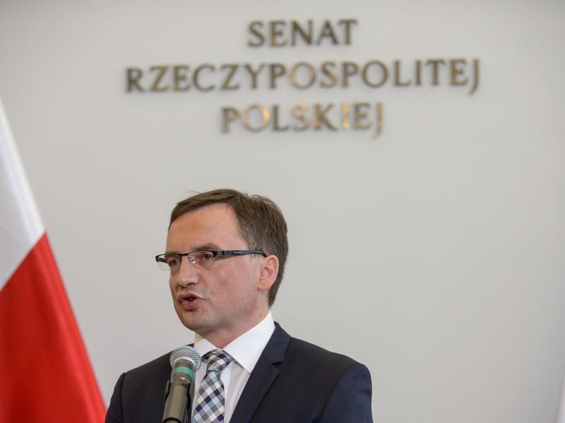 Bild zu Senatssitzung in Warschau
